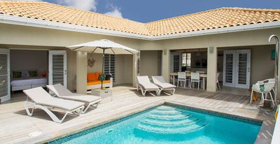 2-7 p. Villa with private pool next to the beautiful beaches of Jan Thiel