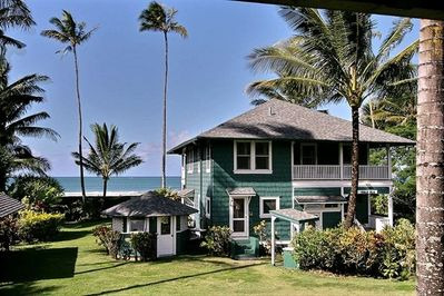Beachfront Estate Cottage View from the Cottage Lanai...Right on the Bay