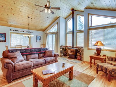 Photo for Spacious home w/ shared pool, sauna, hot tub, & tennis - on-site golf & skiing!