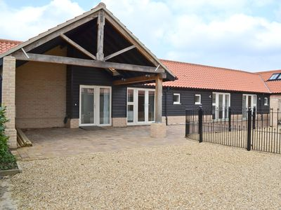 Photo for 3 bedroom accommodation in Wicken, near Ely