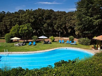 Photo for Country house near Figueres for 21 people, 8 ensuite rooms, pool, tennis