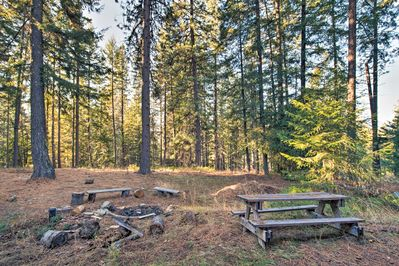 End the day roasting s'mores during your stay at this 3-bedroom, 2-bath cabin!