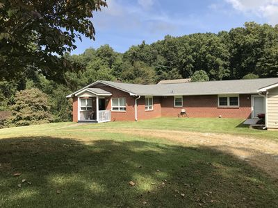 Photo for Perfect location in South Asheville! 10 min from almost everything in Asheville