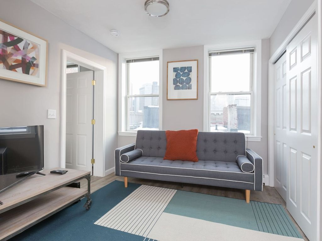 Cozy 3BR in Heart of North End by Domio - Three Bedroom Apartment ...
