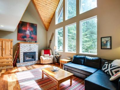 Photo for Vacation home 78SL-Hilltop Retreat With Hot Tub! in Mount Baker/Glacier - 8 persons, 3 bedrooms