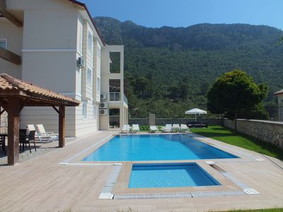 Photo for Spacious Triplex Villa, ideal for families & groups