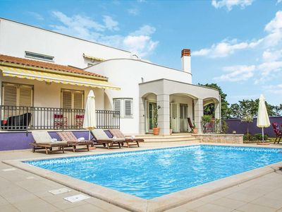 Photo for 4 bedroom villa, short walk to village, private pool, A/C & free Wi-Fi
