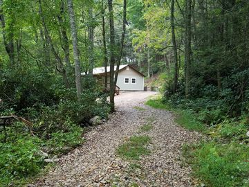 South Holston Lake, US vacation rentals: Cabins & more | HomeAway