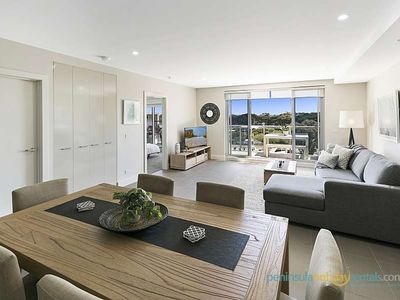 Photo for 3BR Apartment Vacation Rental in Sorrento, VIC