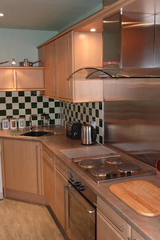 Kitchen Tiles Edinburgh leopold place: stylish apartment in edinburgh city centre - 838261