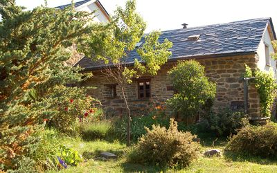 Photo for La Caricia - Cozy country house with large garden in a quiet natural setting