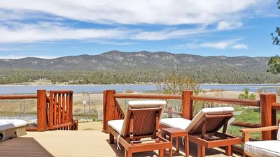 Photo for Luxury lakefront, close to Village, hot tub, pool table, foosball, great views!
