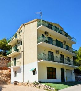 Photo for Studio appartment in Drvenik Donja vala (Makarska) capacity 2+0