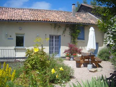Photo for Family Friendly in Idyllic Setting with Private Pool and Large Garden.