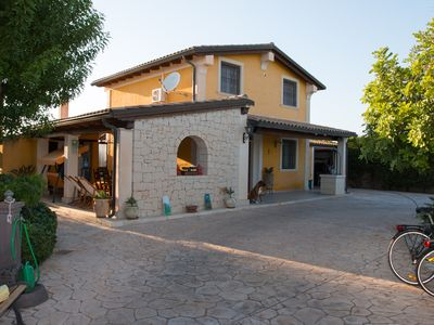 Photo for Villa with full privacy and heated pool near the Mediterranean Sea.