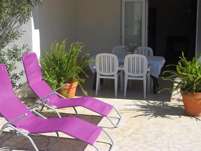 Photo for Two bedroom apartment with terrace Mandre, Pag (A-13015-a)