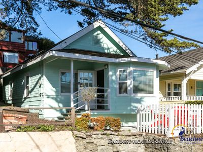 Photo for Family-Friendly Stylish Home in Capitola.  Walk to the Beach, Capitola Wharf, Shadowbrook and More!