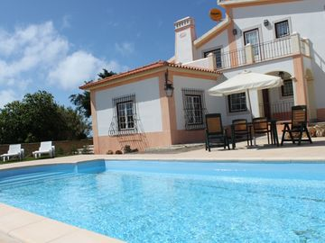 Great Villa with private pool. Calm area around and beach nearby (5min)