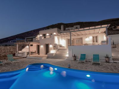 Photo for 4BR Villa Vacation Rental in Naxos