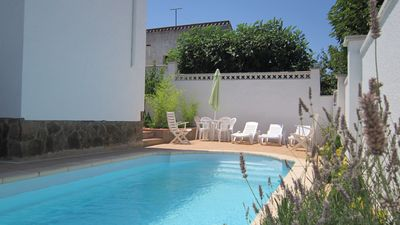 Photo for Beautiful house with private pool, garden, barbecue, quiet area near the beach