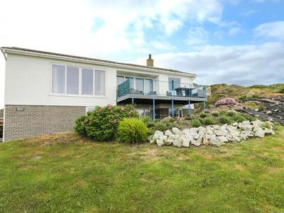 Photo for TRITONS REACH, family friendly in Trearddur Bay, Ref 954333