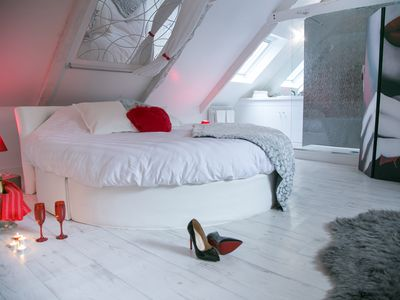 Photo for Ecstasy: a surprising domain for your couple, privatized, glamorous with spa!