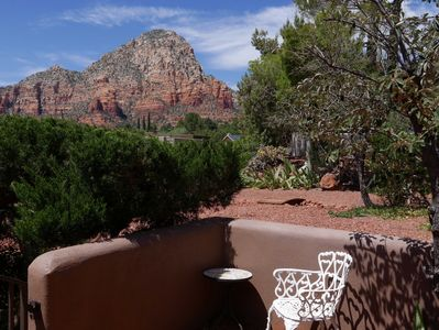 A small patio in the entryway with view of Thunder Mountain.