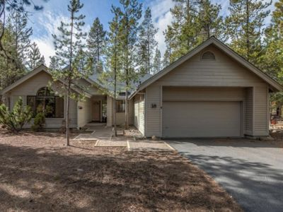 Photo for Beautiful, Peaceful Home w/Lots of Natural Light / Hot Tub / AC / Close to River