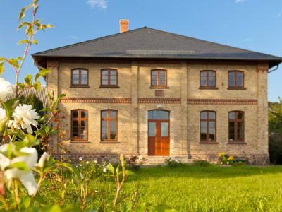 Photo for Spacious and stylish in the monument to the Müritz, near the lake and golf course
