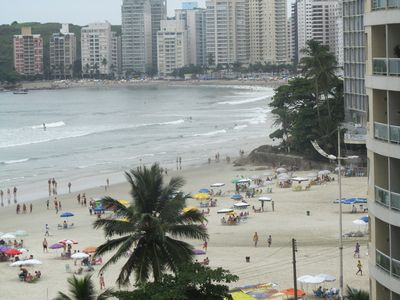 Photo for Apt. Pitangueiras (Guaruja) 2 dorms, 2 Banhs the sand 30m, view w / sea view