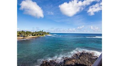Photo for Sleep to the Sound of the Surf After Exploring Beautiful Kauai. Optional AC, Too