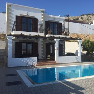Photo for Detached Villa with Private Pool, close to the beach and Outstanding Sea Views