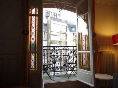 Photo for BellecourDuplex 3 rooms 77m ² with small balcony view Saône, exposed South West.