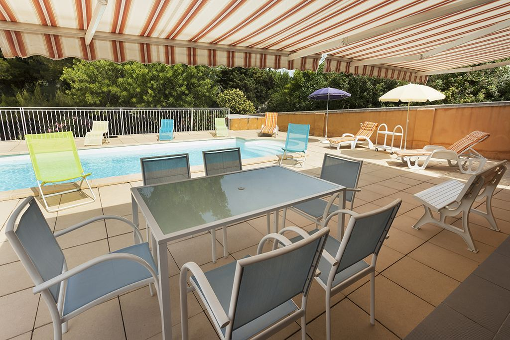 Property Image#3 Modern Villa With Swimming Pool Marseille