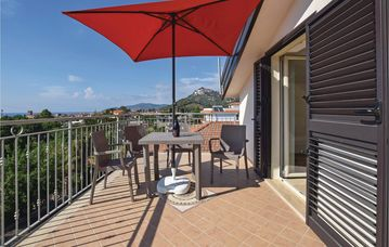 Search 699 holiday rentals