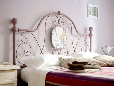 Photo for Trastevere - Double Room + Private bathroom - 2 steps from the center