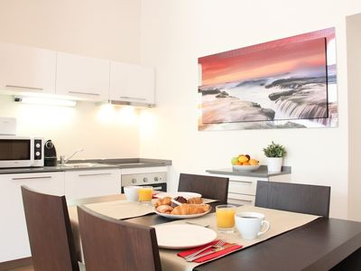 Photo for Apartment 748 m from the center of Prague with Air conditioning, Lift, Parking, Washing machine (450055)