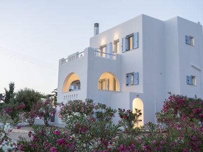 Photo for 3BR Villa Vacation Rental in naxos