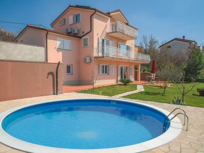 Photo for Beautiful apartment for 8 guests with hot tub, private pool, WIFI, A/C, TV, balcony and parking