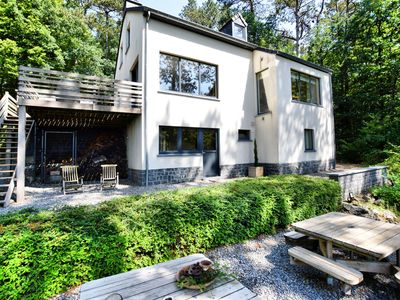 Photo for Beautiful, modern house with stunning views, hot tub and sauna in green surroundings