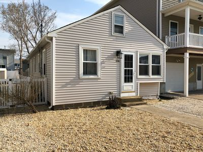 Photo for Quiet North-end 3 Bedroom House With W/d, Wifi, And 4 Beach Passes