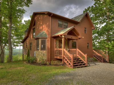 Photo for A mountain oasis just 15 minutes from downtown Blue Ridge!