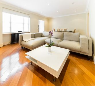 Photo for Urban Bayswater Apartment
