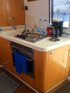 Bright and spacious Galley