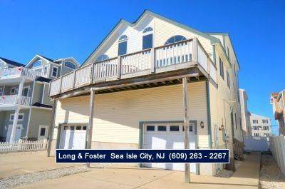 Photo for Only about a block to the beach and a very short walk to the acme shopping center