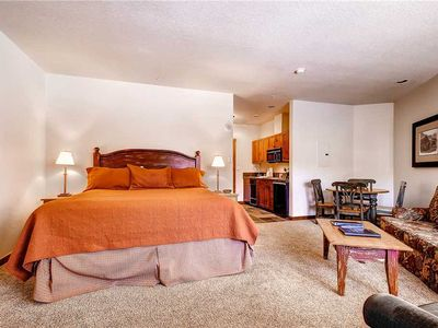 Photo for In town location convenient for shopping, dining, pool/hot tubs, hiking close by