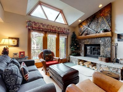 Photo for Cabin style ski-in/ski-out condo w/ WiFi, fireplace, shared pool and hot tub!
