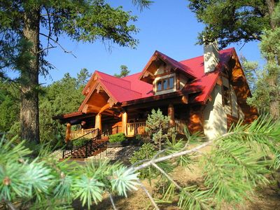 Photo for Panther Lodge, 3 Bedrooms, Sleeps 8, WiFi, Jacuzzi, Wood Burning Fireplace