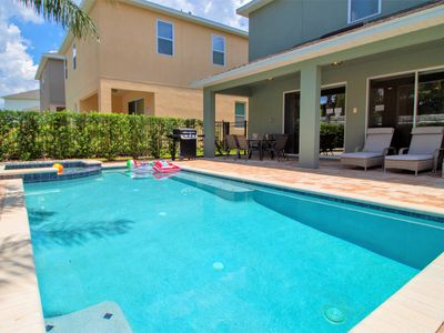 Photo for ACO PREMIUM – 5 Bd with Private Pool, Spa  and Grill (1844)