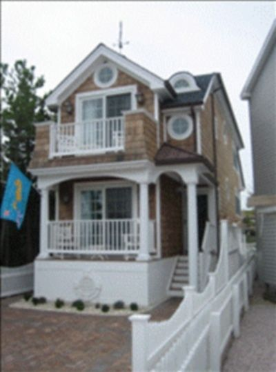Beautiful New England Style Beach House With Bayviews And